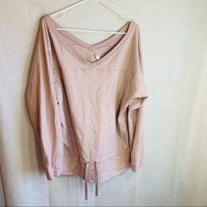 Gap Fit woman's Pullover Top